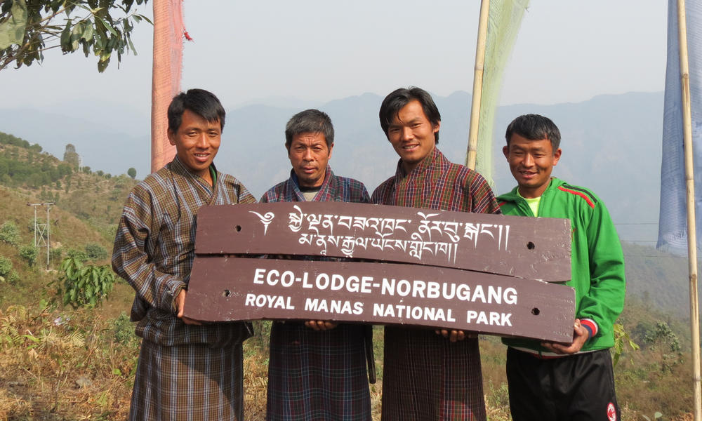 Ecolodge in Manas