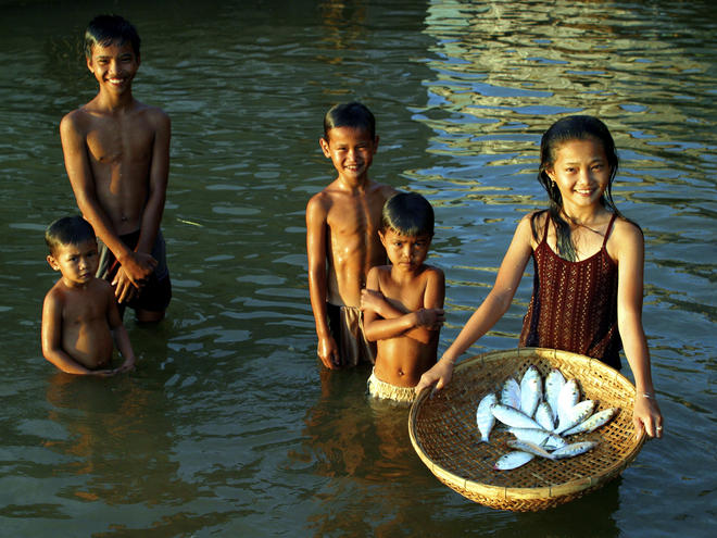 Greater_Mekong_8.7.2012_People_and_Communities_HI_112637.jpg
