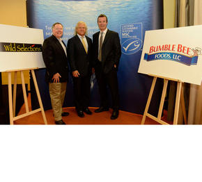 WWF's Bill Fox, Bumble Bee Foods President and CEO Chris Lischewski and Rupert Howes, CEO of MSC announce new MSC-certified Wild Selections during the European Seafood Expo in Brussels. (PRNewsFoto/Bumble Bee Foods)