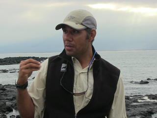 Gustavo Galapagos guide 1